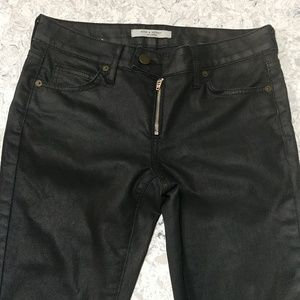 Black coated Rich & Skinny denim